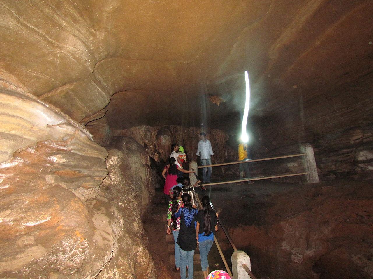 Visit Kailash and Kotumsar Caves, Chhattisgarh