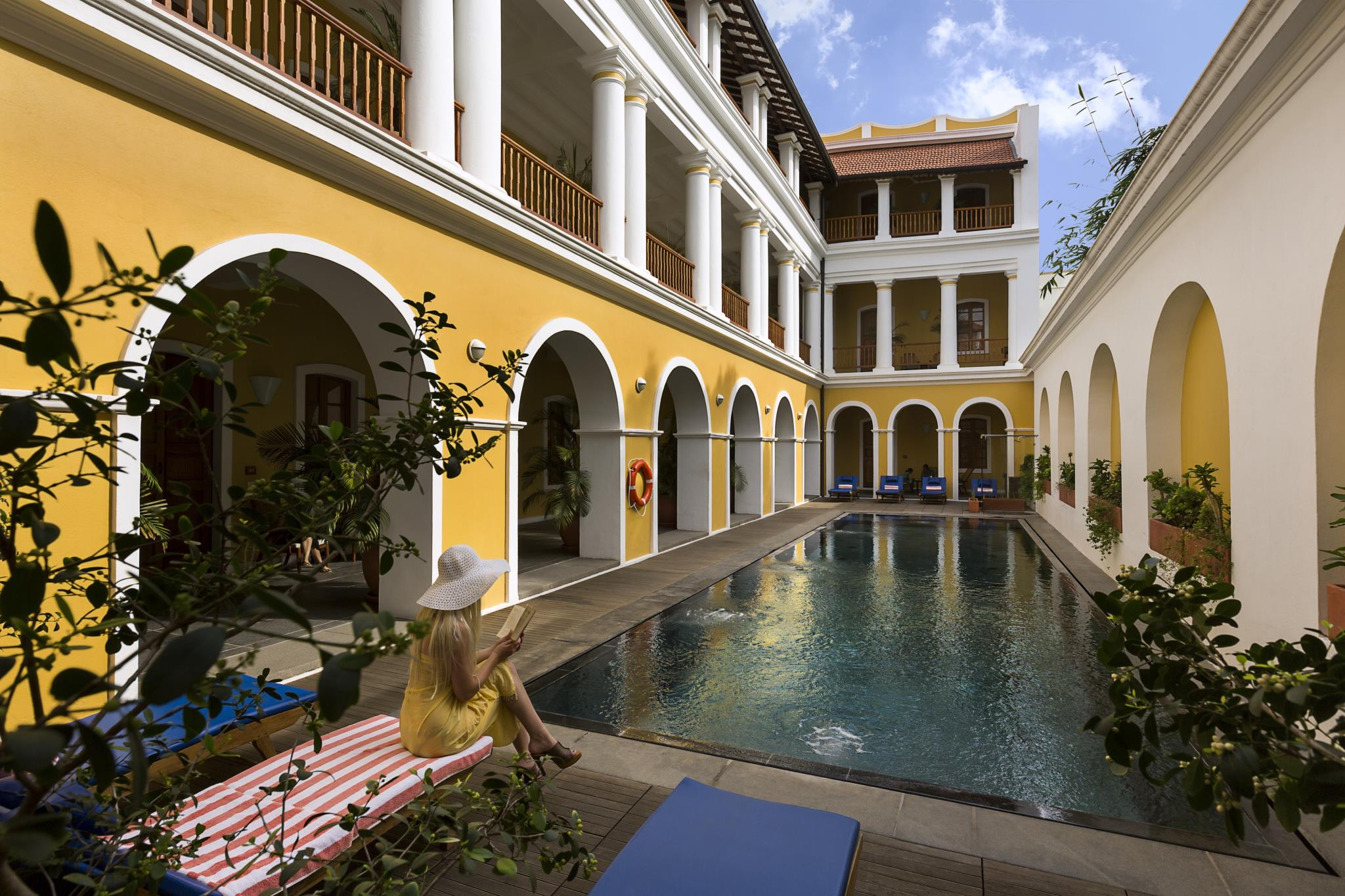 Superb Luxury Hotel in Puducherry-Palais De Mahe - CGH Earth
