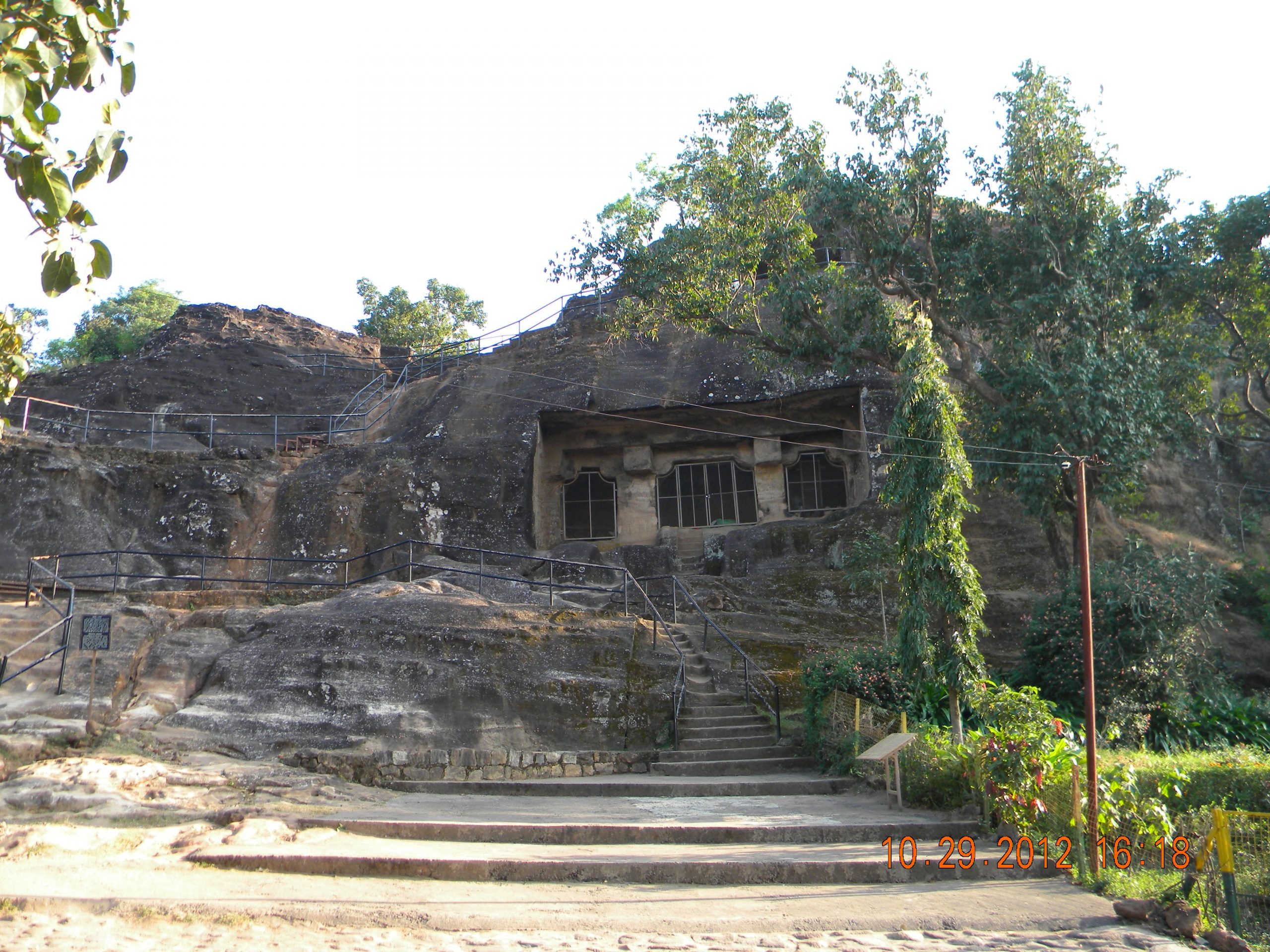 Pandava Caves-Best Sightseeing Place In Pachmarhi