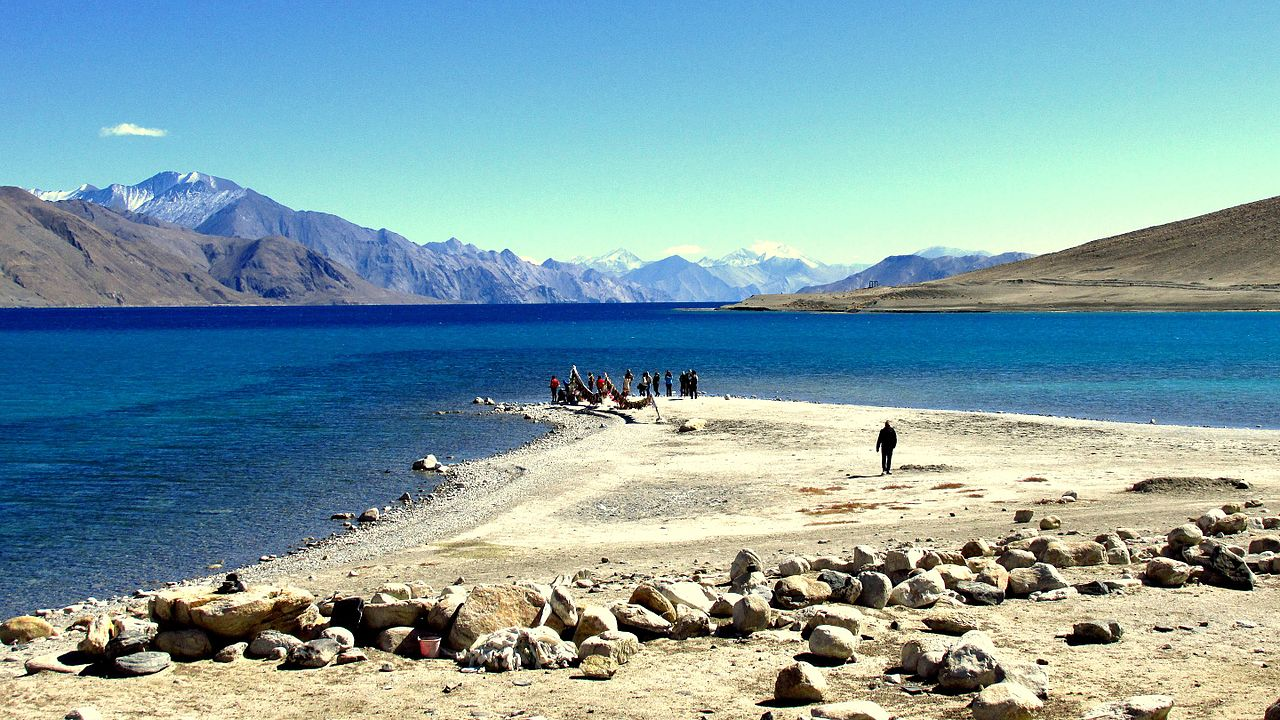Pangon Lake - My Awesome Trip to Ladakh With My Husband