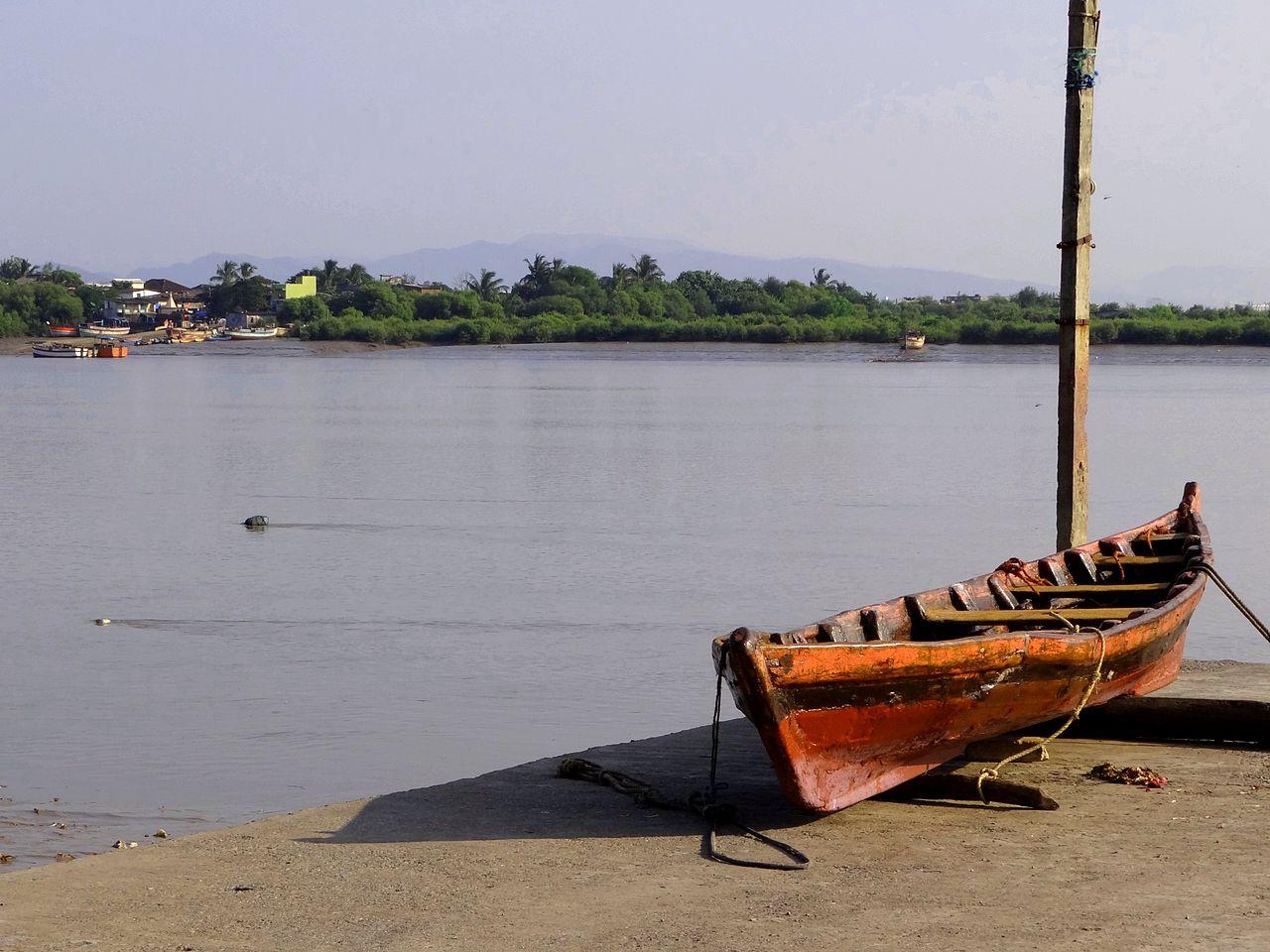 Sightseeing Place to Visit Near Bassein Fort-Panju Island