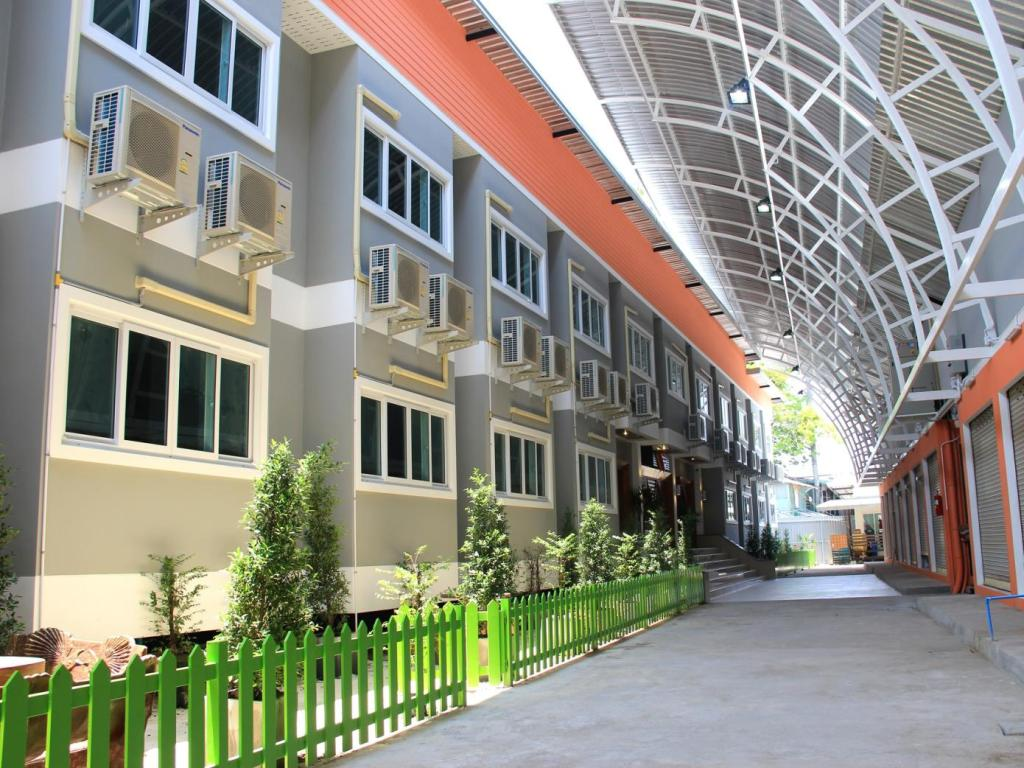 Panmanee Hotel in Phi Phi Island