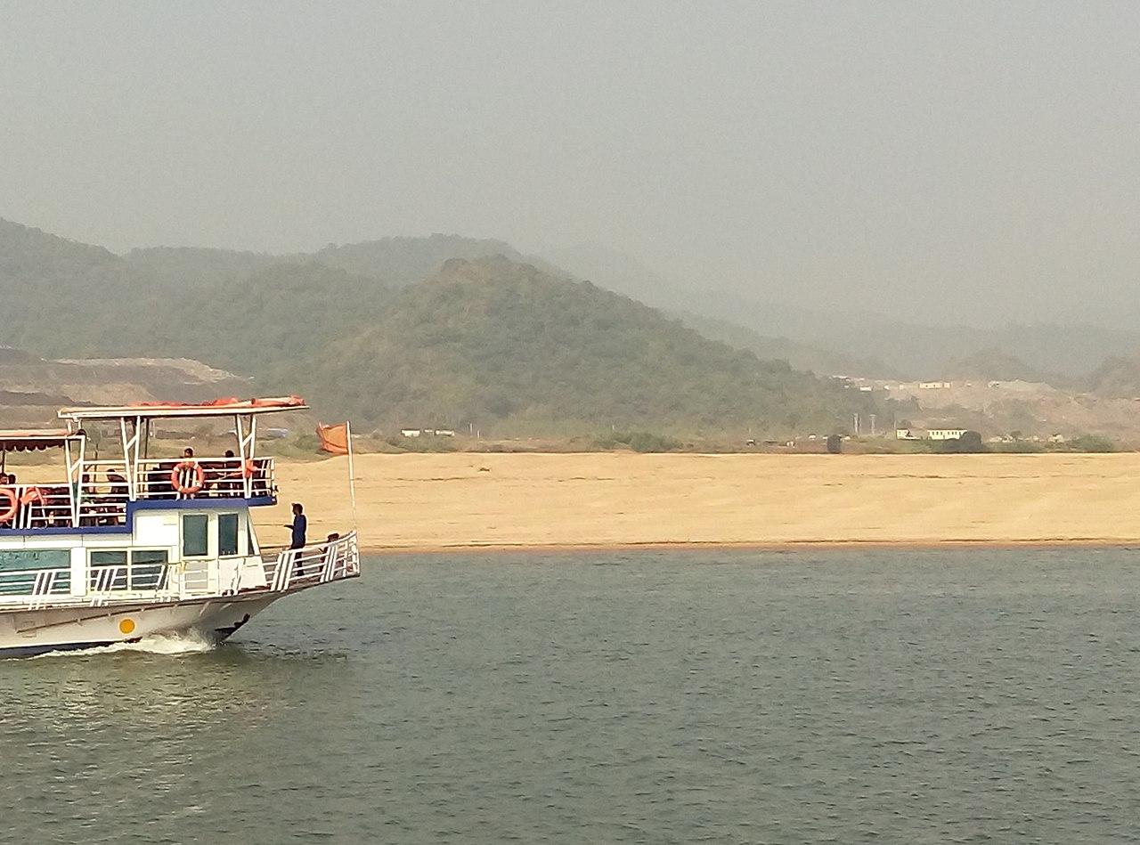 Place to Visit in Rajahmundry-Papikondalu