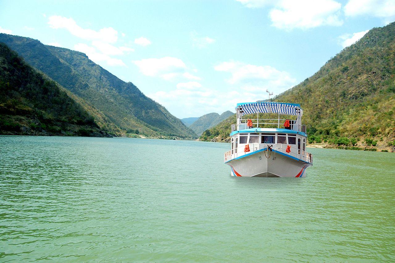 Amazing Place to Visit in Rajahmundry-Pattisam, Near Papikondalu