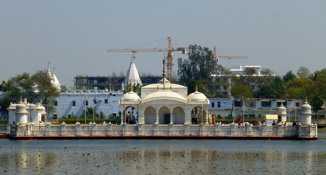 Top Tourist Place In Nalanda-Pawapuri