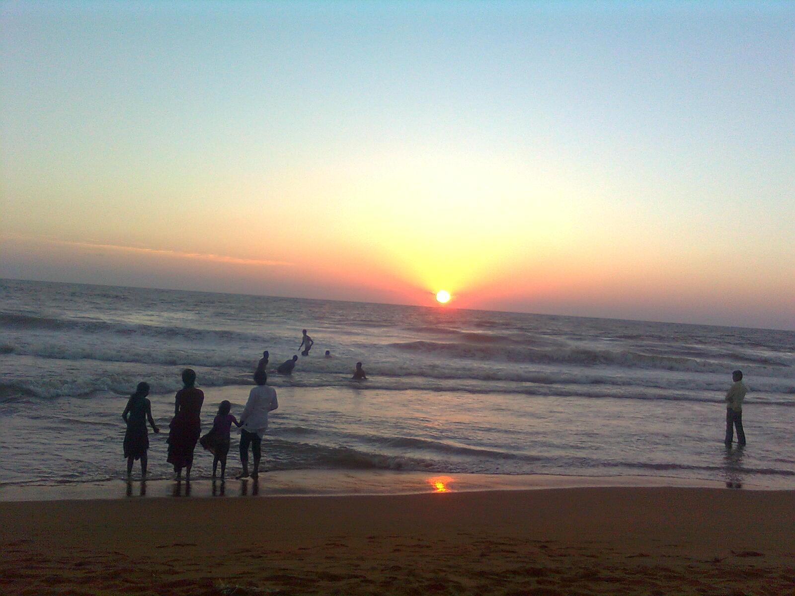 Payyambalam Beach-Best Beach Near Wayanad
