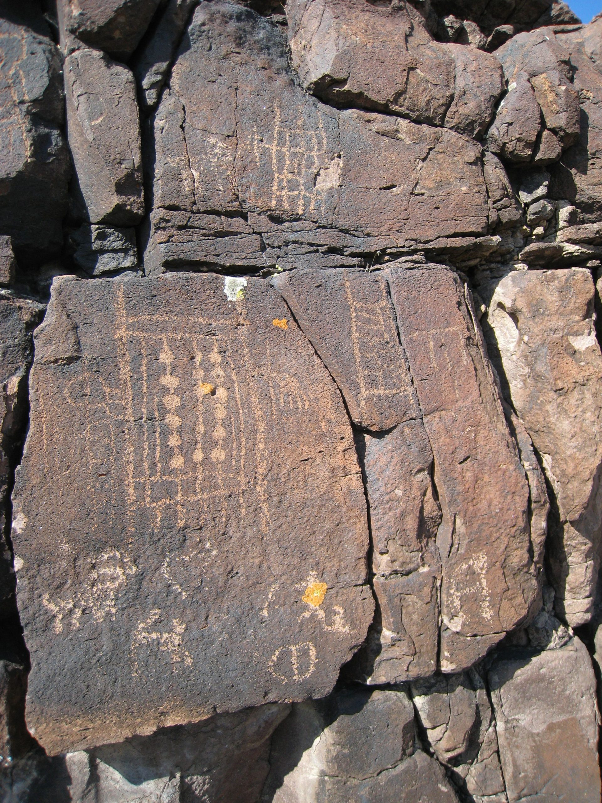Sightseeing Place to Visit In Nevada, Red Rock Canyon National Conservation Area-Petroglyph Wall