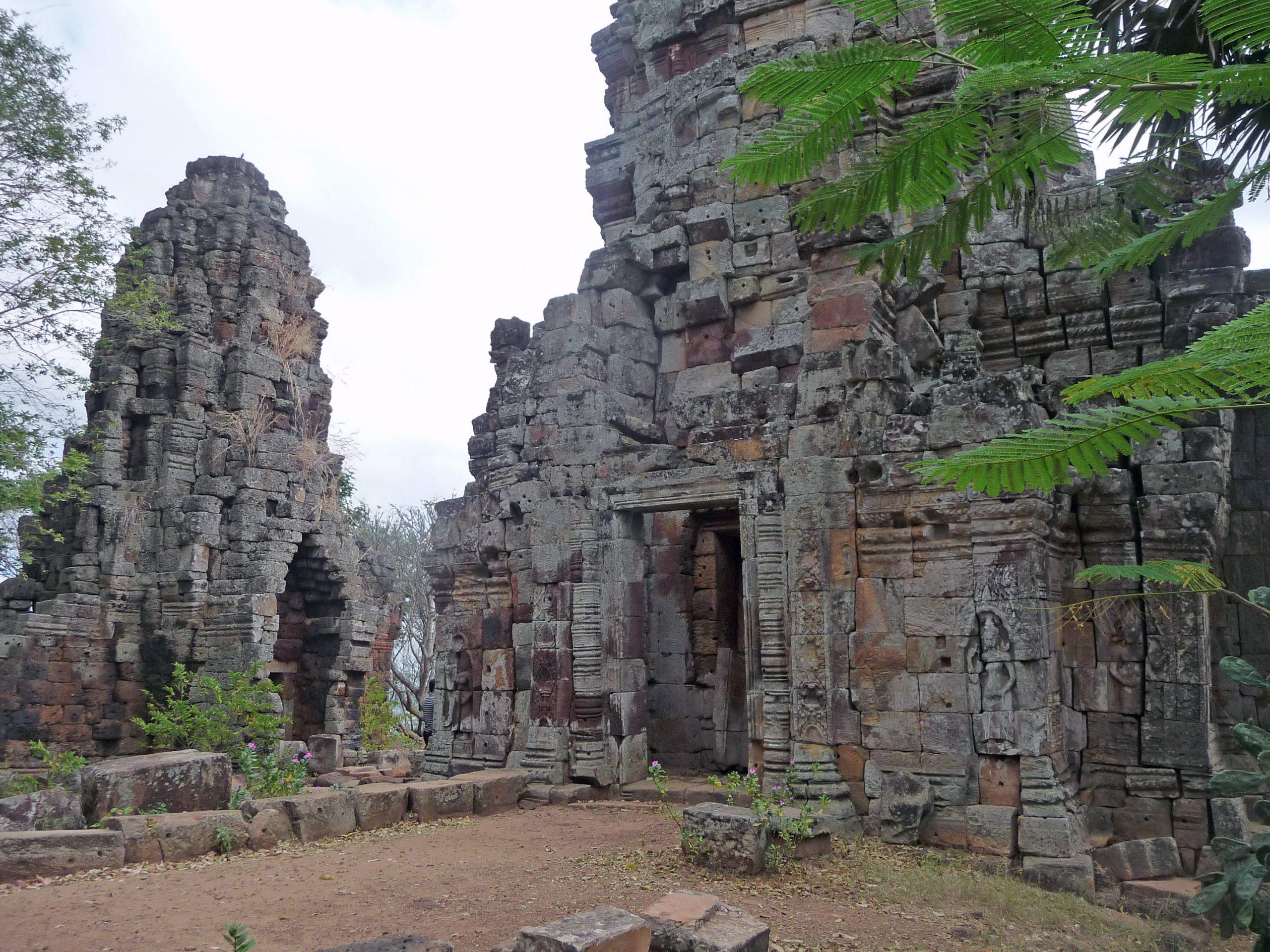 Top Temple Must Visit in Cambodia-Phnom Banan