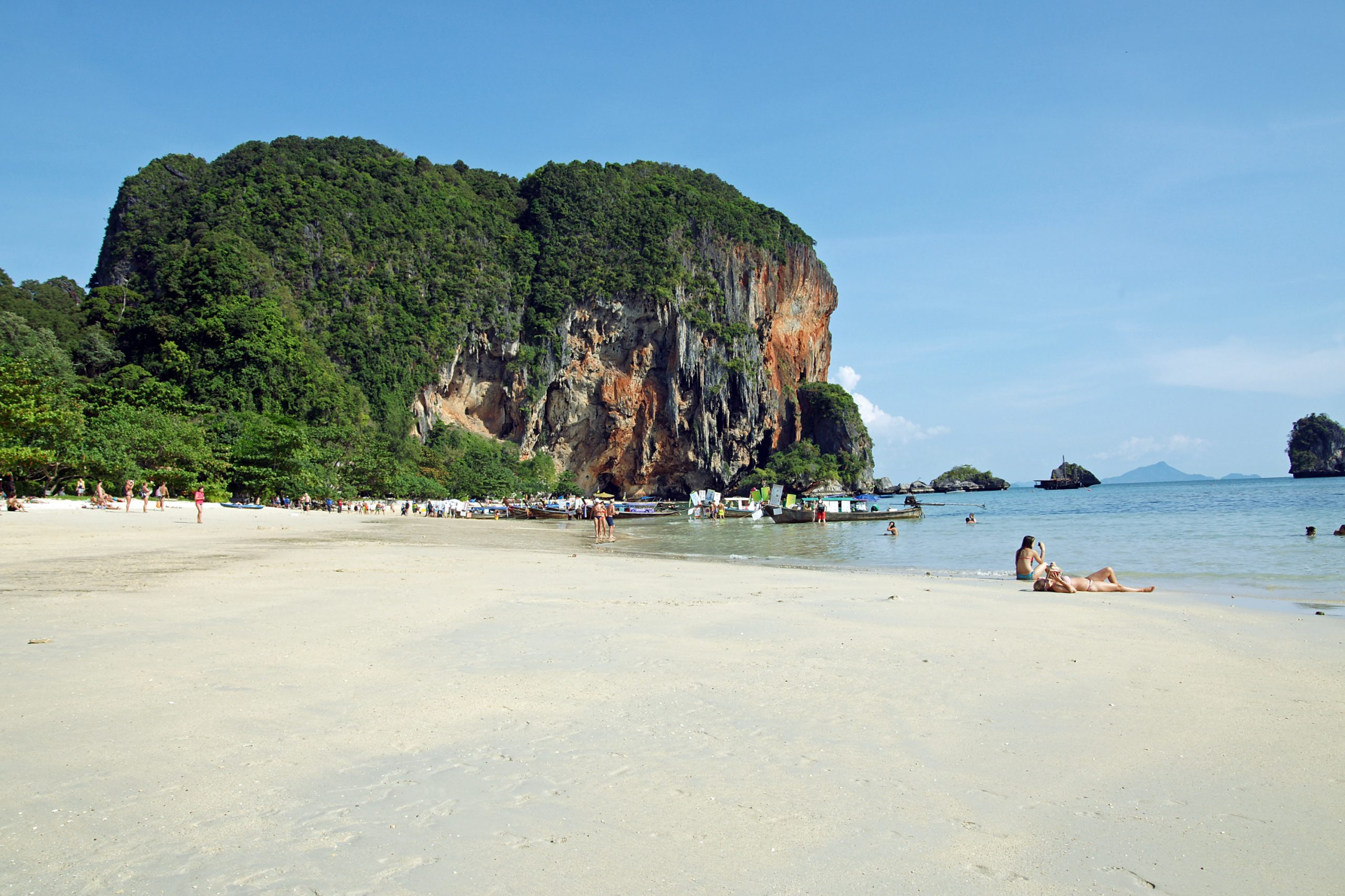Phra Nang Cave Beach in Thailand-Amazing For You To Soak in the Sun