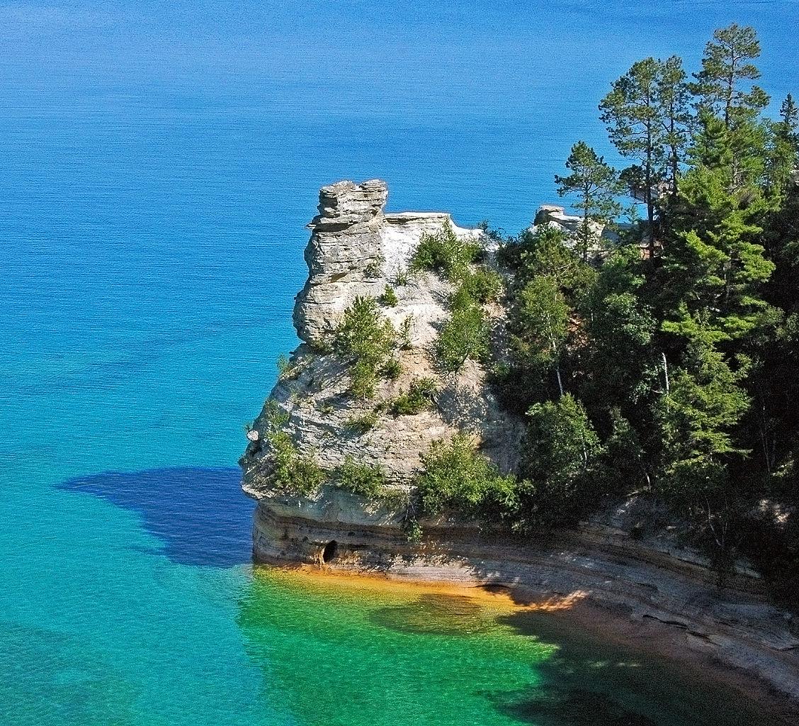 Nice Getaways in Michigan-Pictured Rocks National Lakeshore