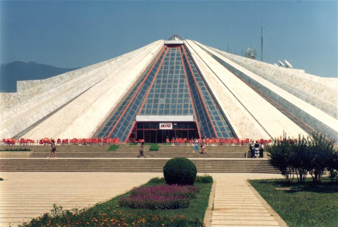 Place To See At City Of Tirana-Piramida