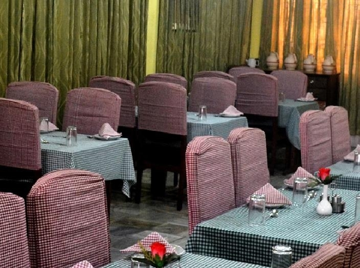 Top Restaurant In Cuttack That One Must Try-Pramod Restaurant