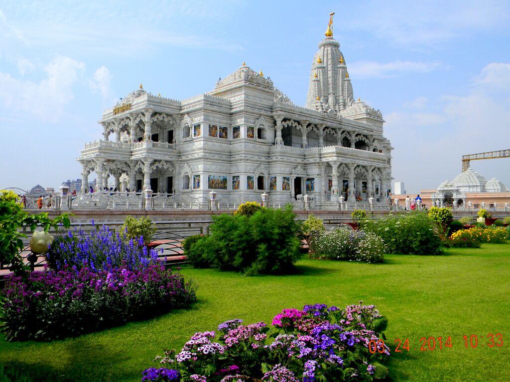 Best Weekend Getaway from Gwalior-The Prem Mandir, Vrindavan
