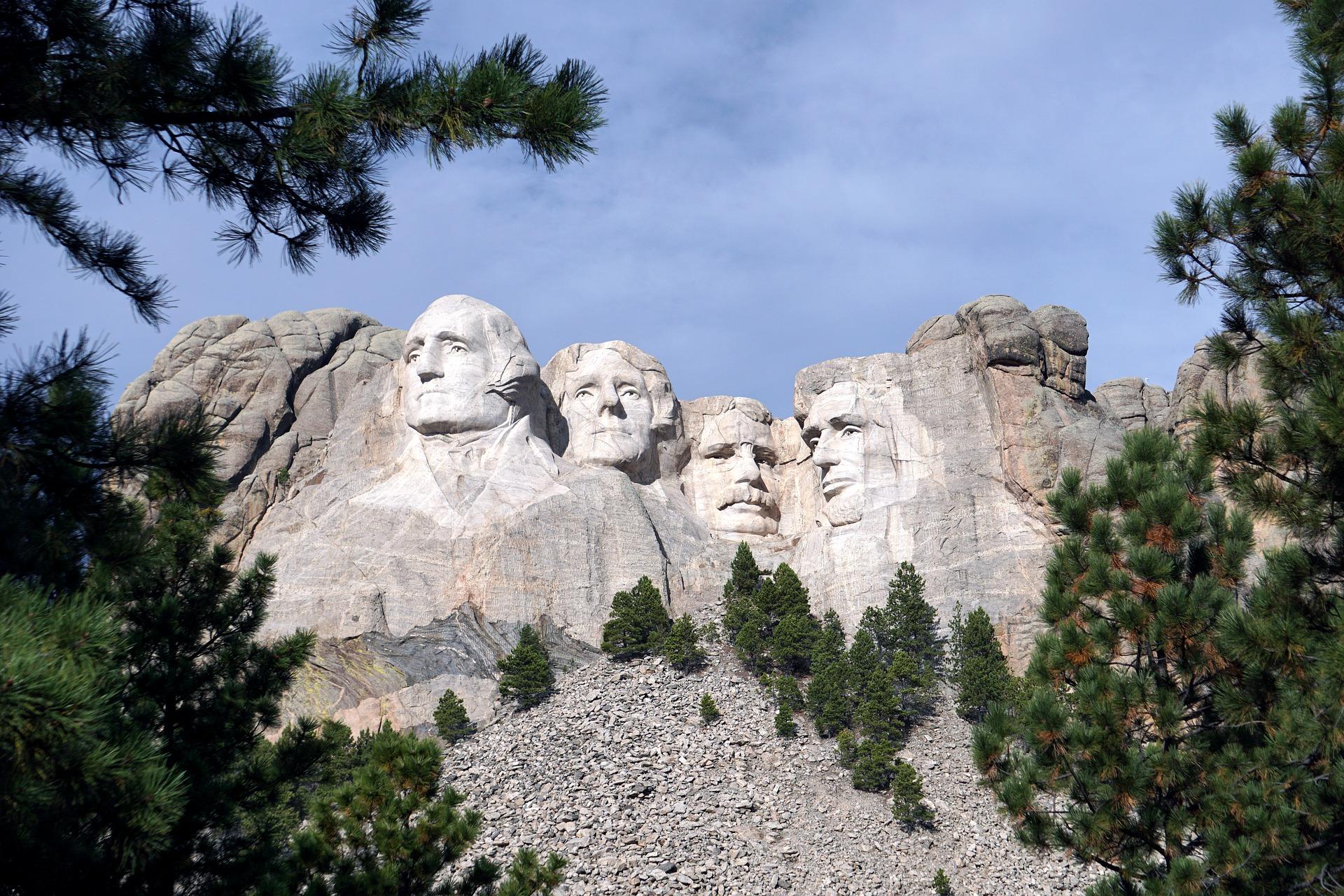 Presidential Trail - Mount Rushmore National Memorial Travel Guide