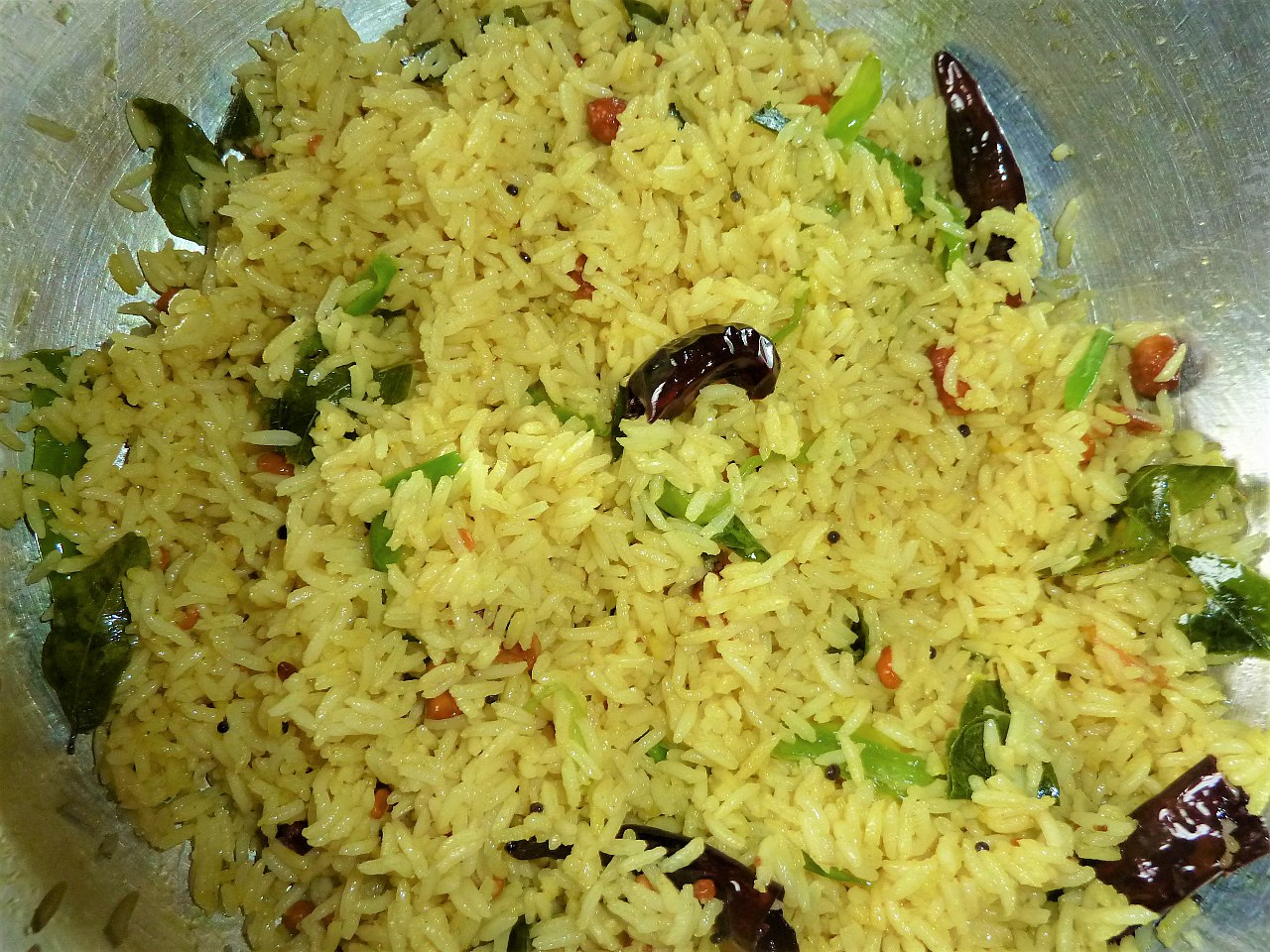 Pulihora - Mouth-Watering Andhra Dishe To Try
