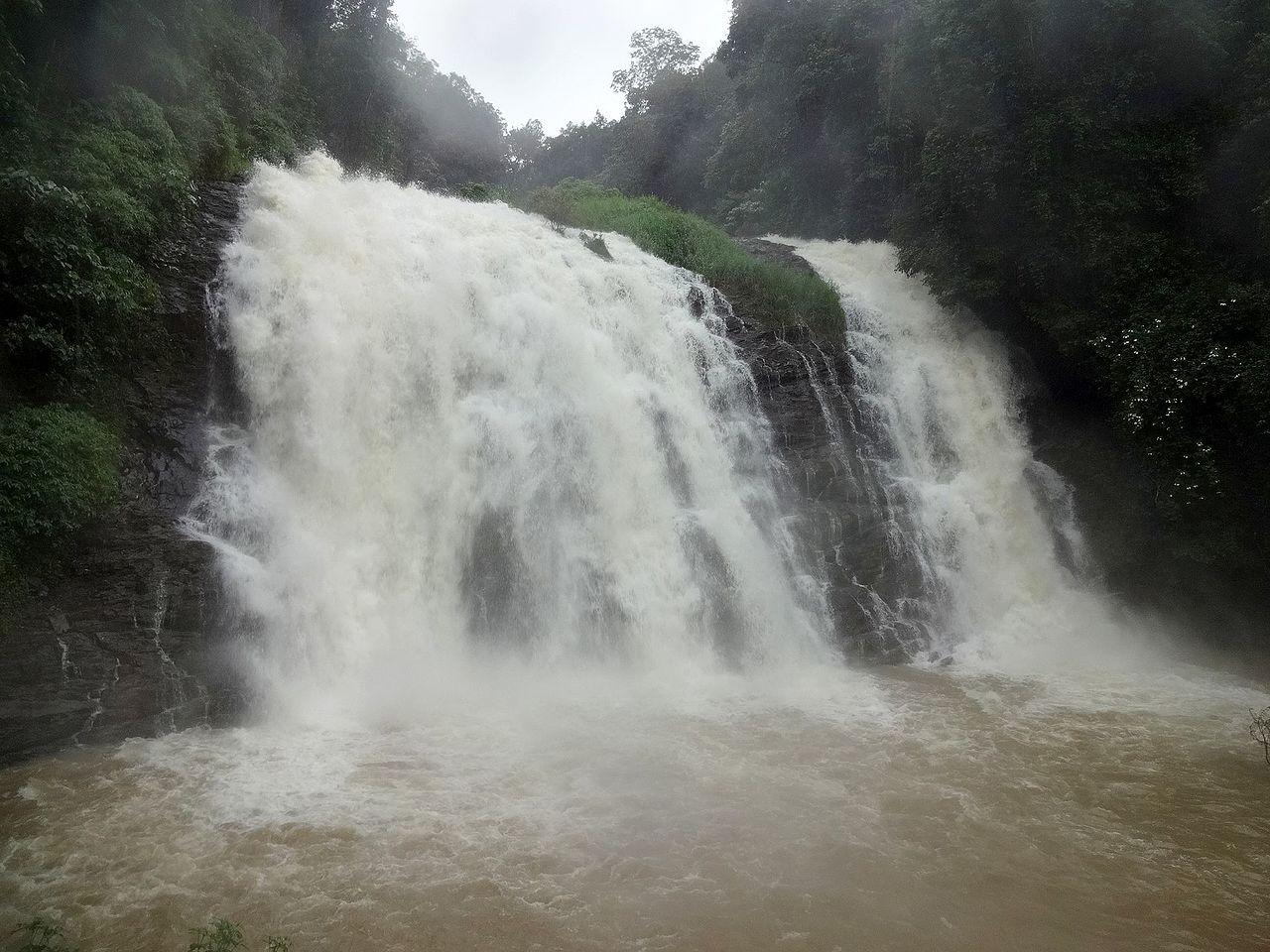Beautiful Waterfall in Ooty-Pykara Falls