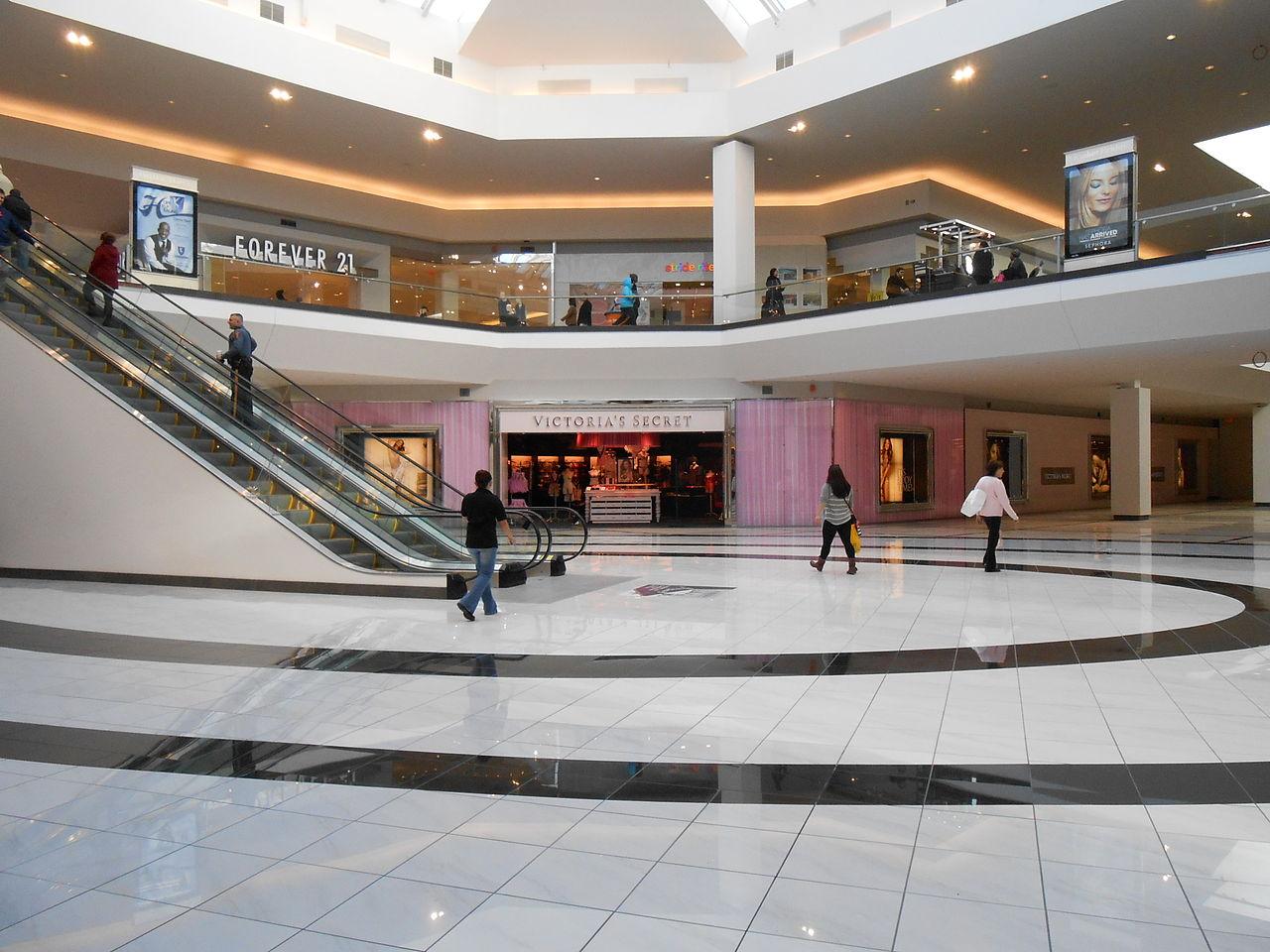 Best Place To Shop In Atlantic City-Quaker Bridge Mall