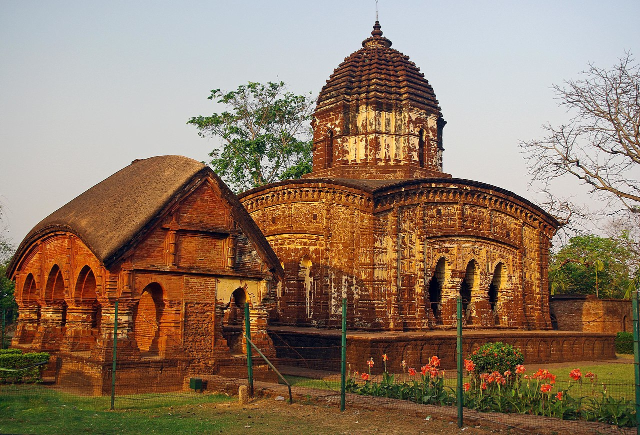Amazing Temple in West Bengal-Radhamadhab Temple