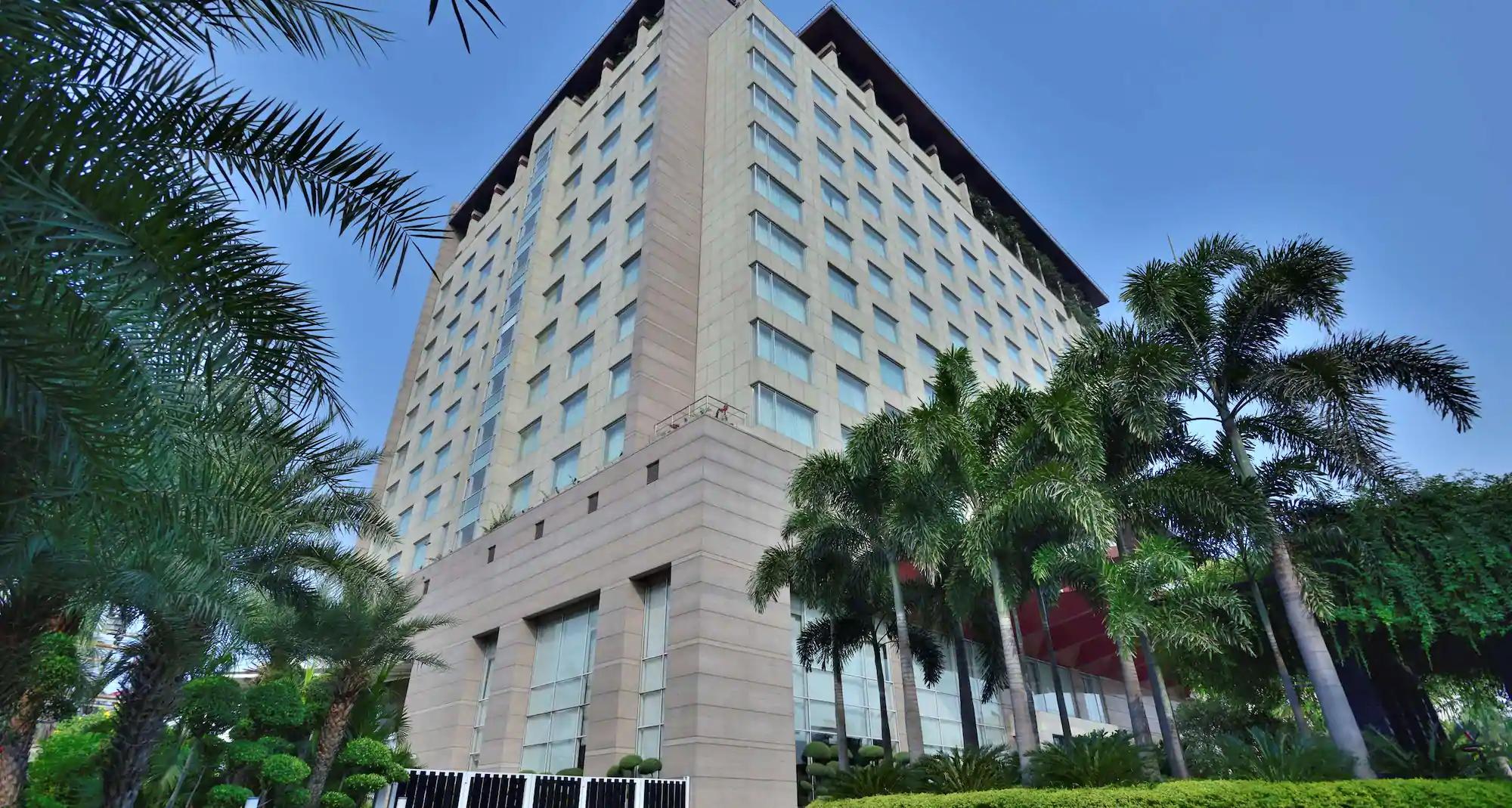 Top Best Luxury Hotel in Indore-Radisson Blu Hotel