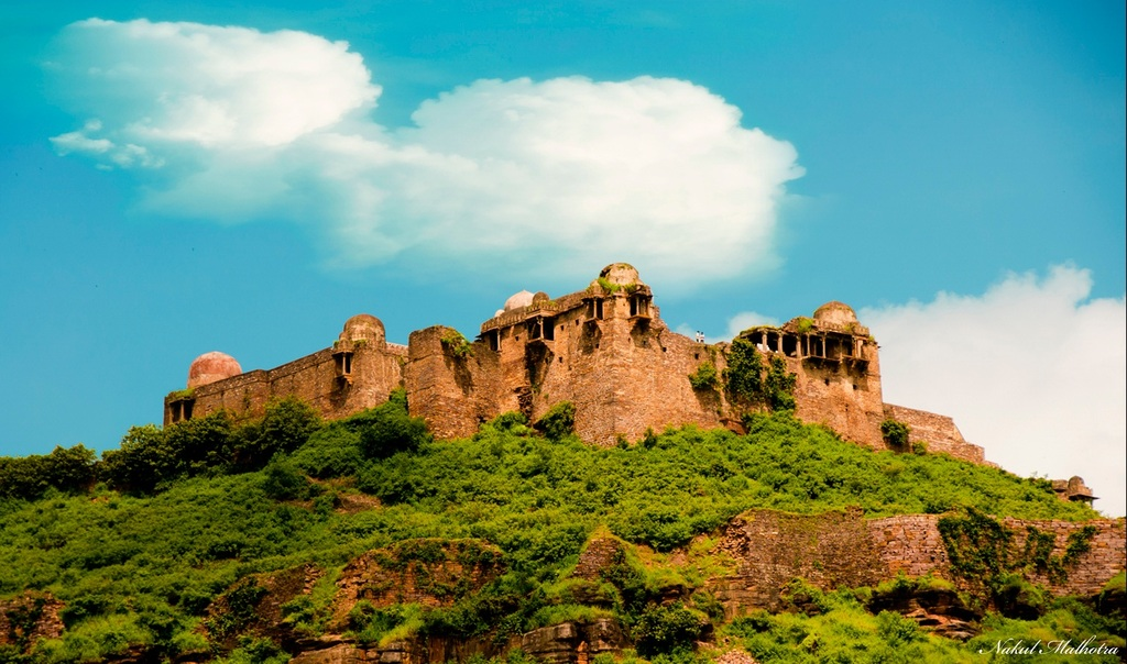 Nice Weekend Getaway From Bhopal-Raisen Fort