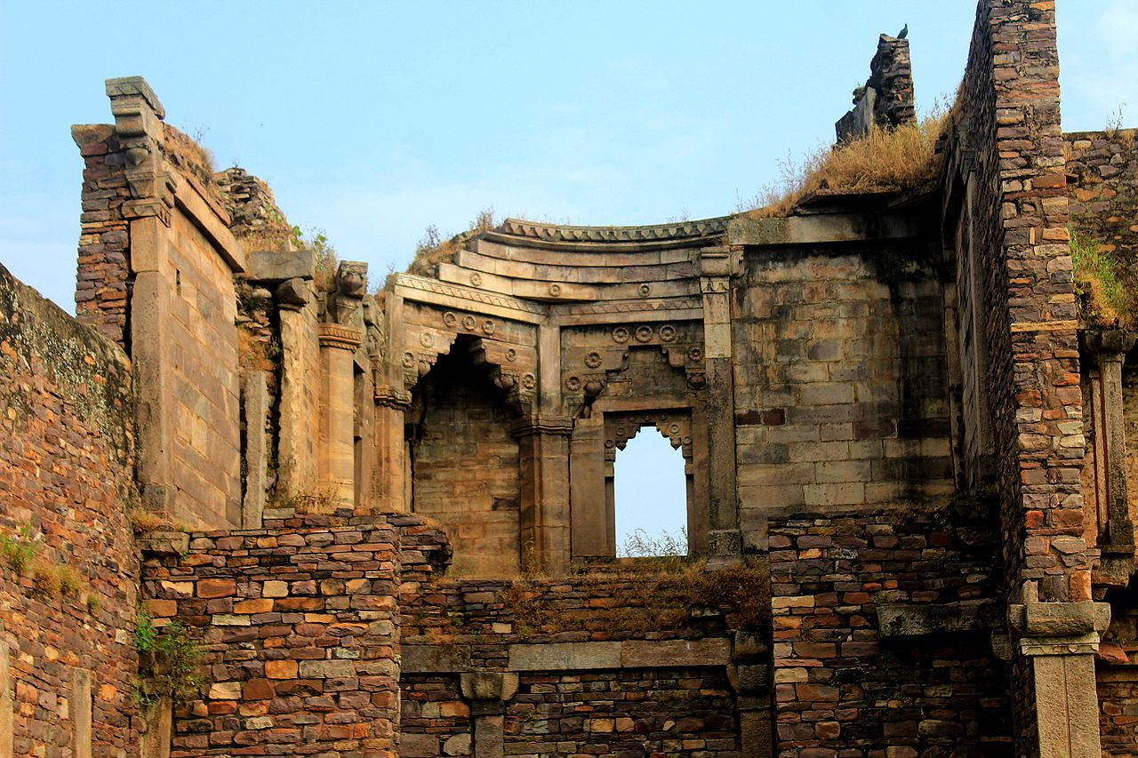 Top Place To Visit In Bhopal For A Fantastic Trip-Raisen Fort