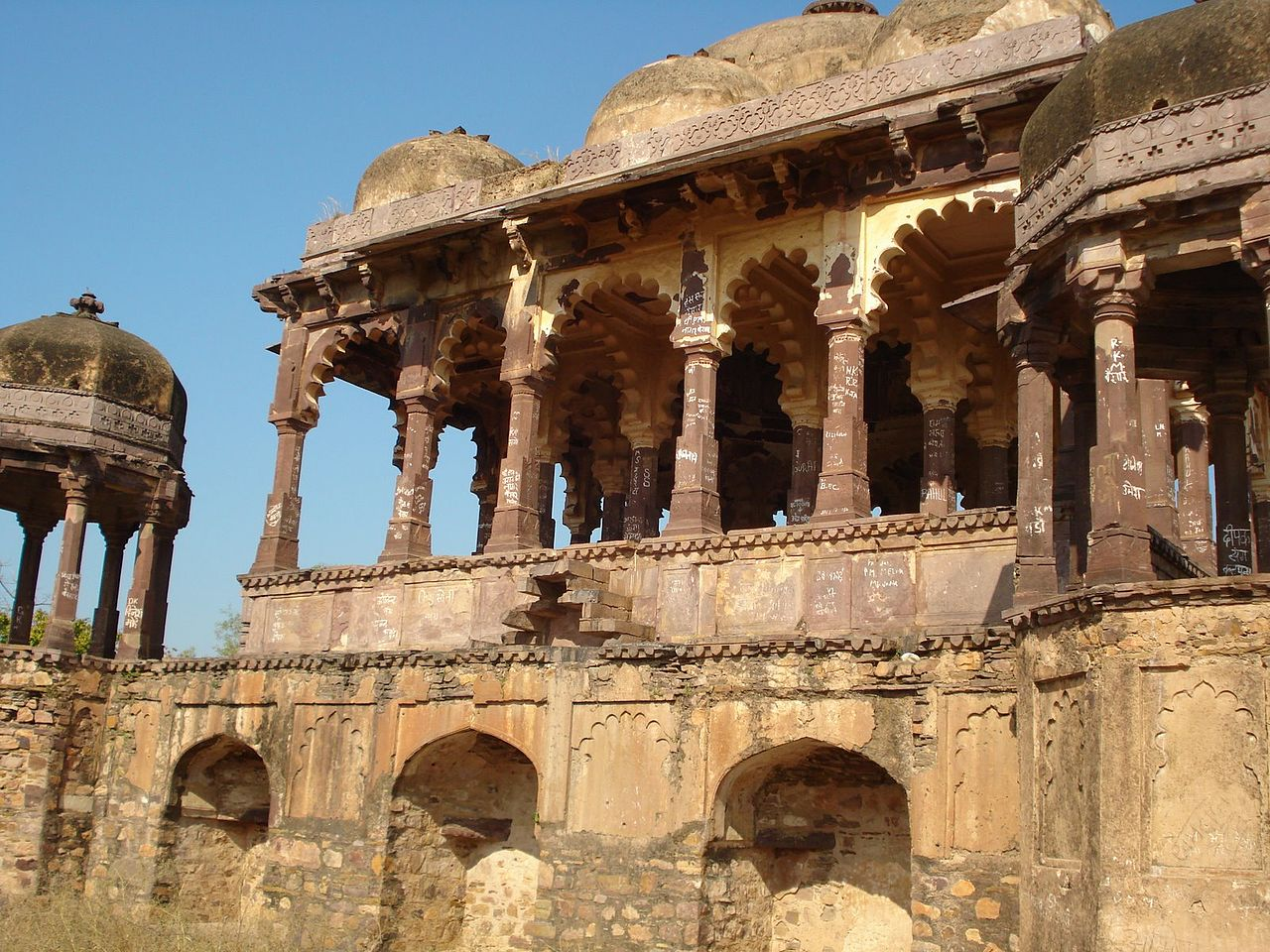 Best Tourist Place to Visit in Ranthambore, Rajasthan-Ranthambore Fort
