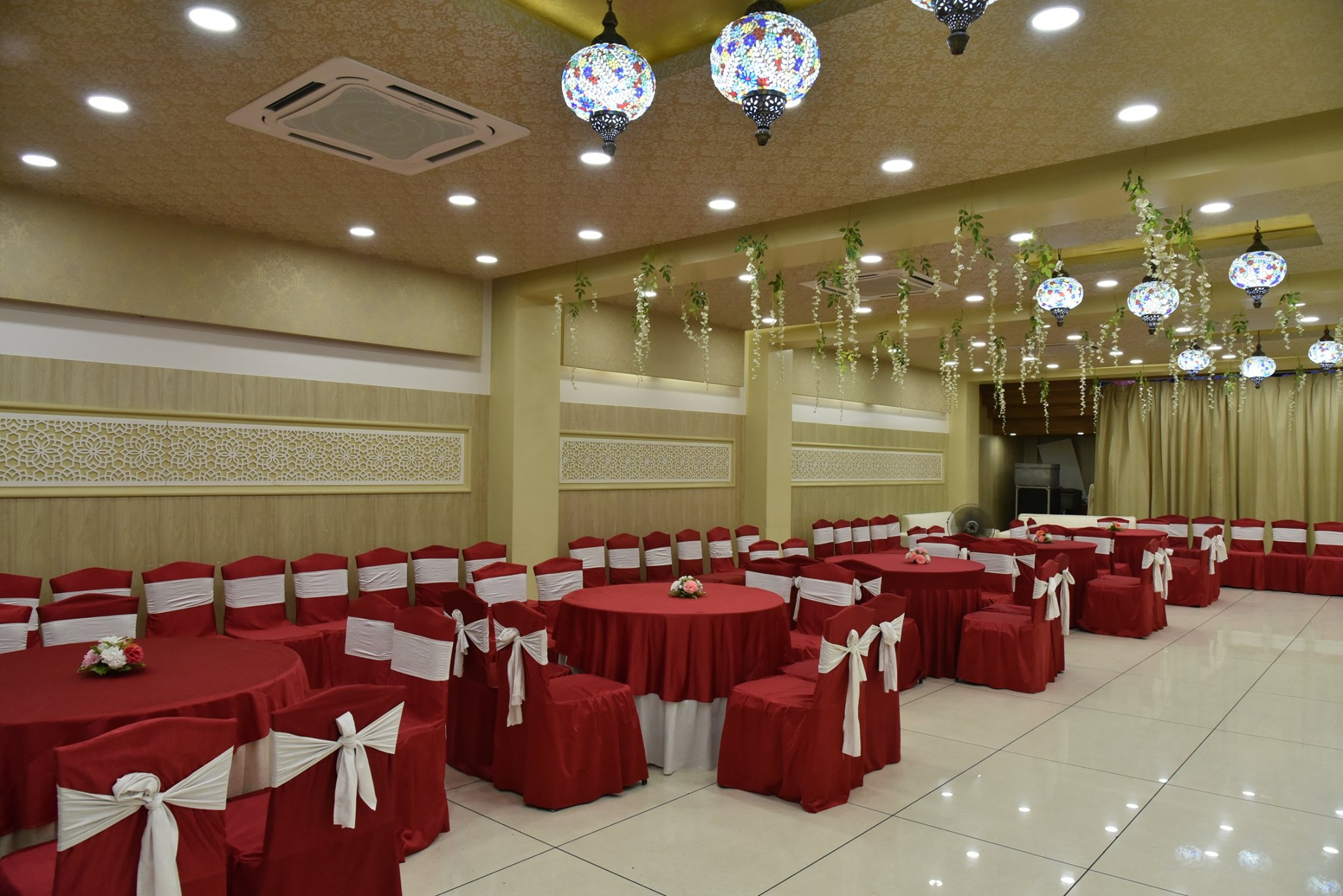 Ratna International Budget Hotel in Lucknow