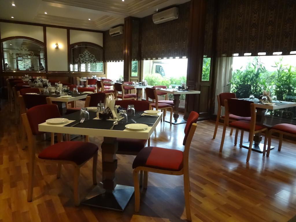 Regent Hotel Mid Range Hotels in Mumbai