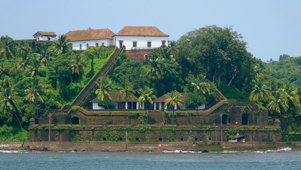 Top Fort to Visit in North Goa-Reis Magos Fort