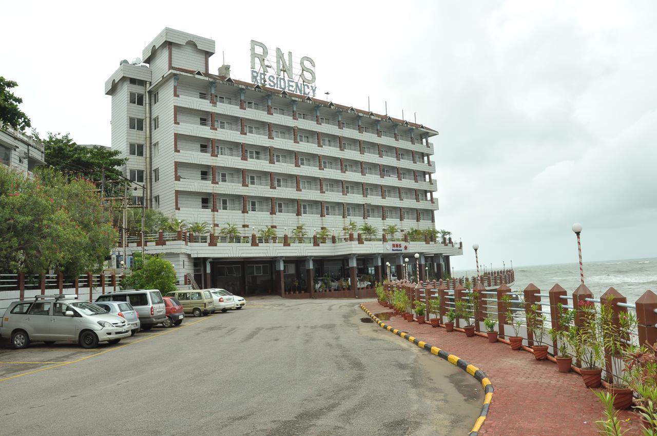 Best Restaurant to Stay In Murudeshwar-RNS Residency Sea View
