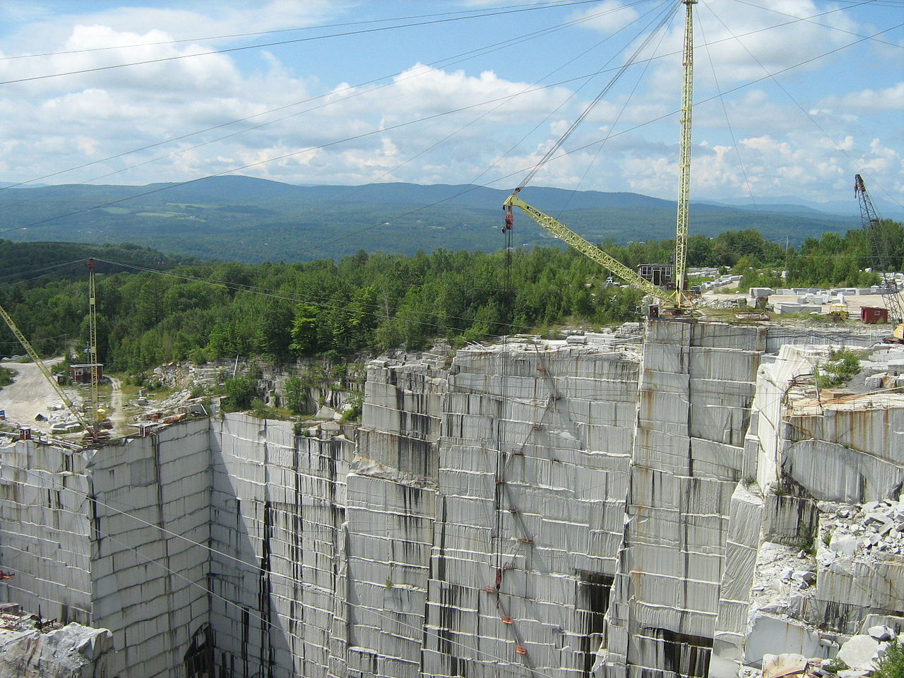 Must-Visit Attraction of Vermont-Rock of Ages
