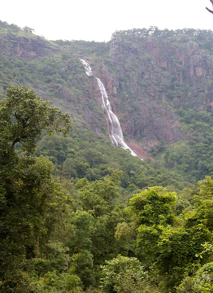 Popular Weekend Getaways from Purulia-Rourkela, Khandadhar Waterfall