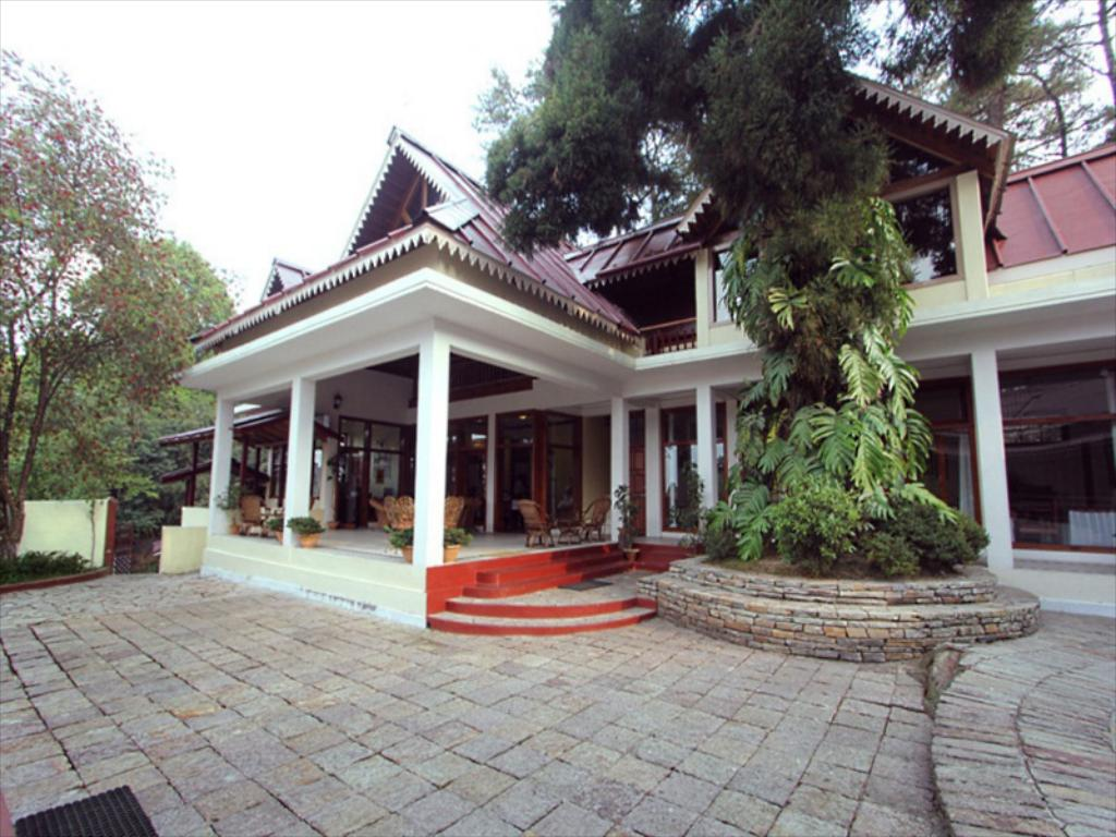 Royal Heritage Tripura Castle - Mid-Range Hotels in Shillong That Will Make Your Trip More Blissful
