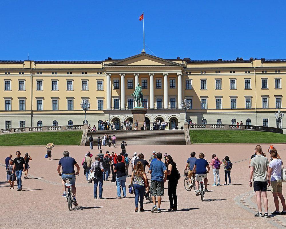 Royal Palace (Oslo)-A Symbol of Norwegian History