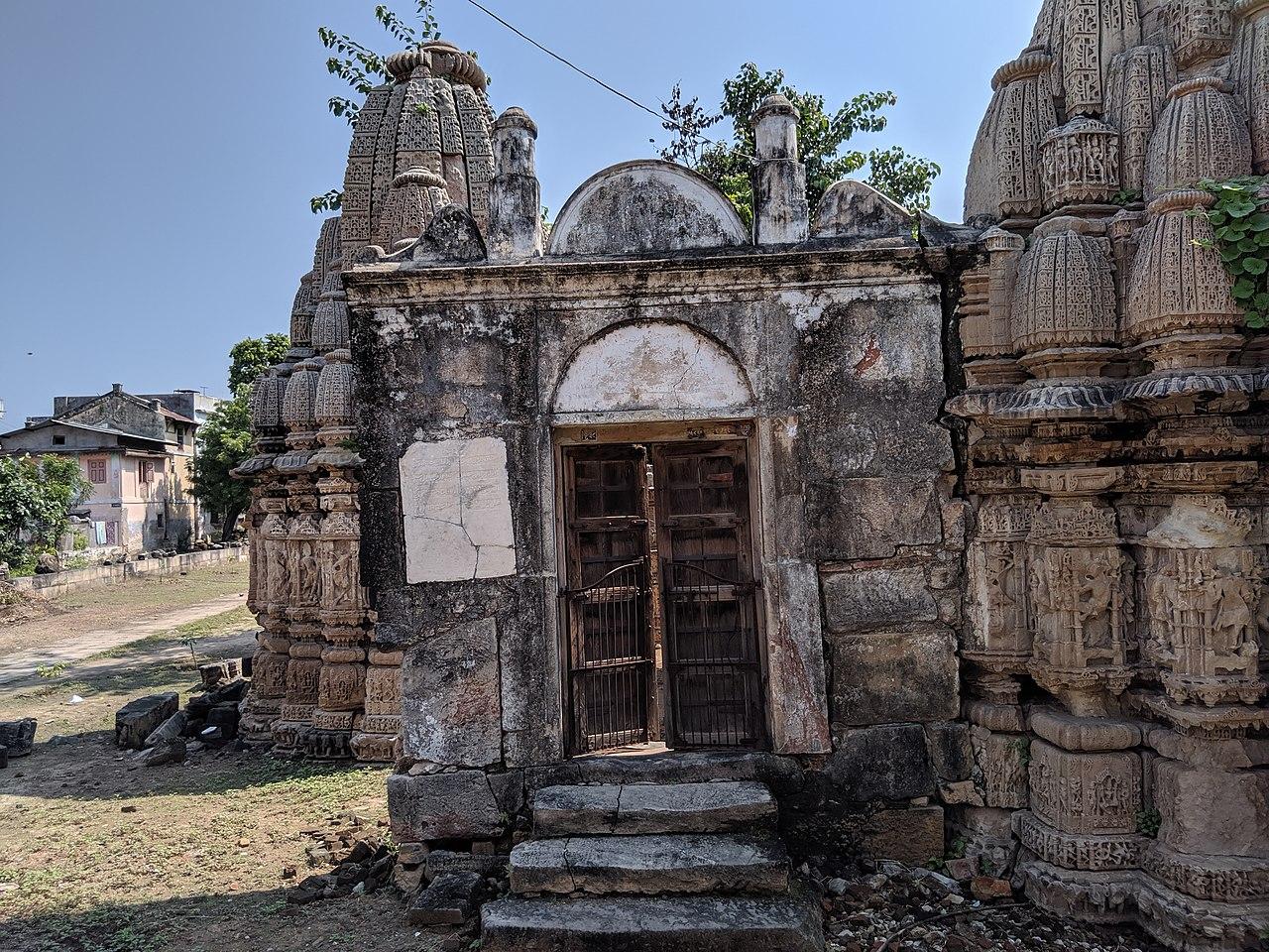 Visit Rudhra Mahalya temple, Bohra Vad, Ahmedabad