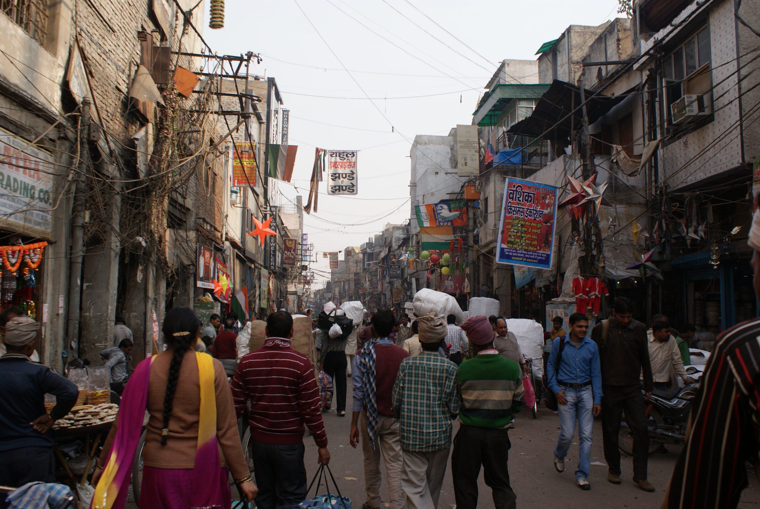 Sadar Bazaar Amazing Market to Shop in Delhi