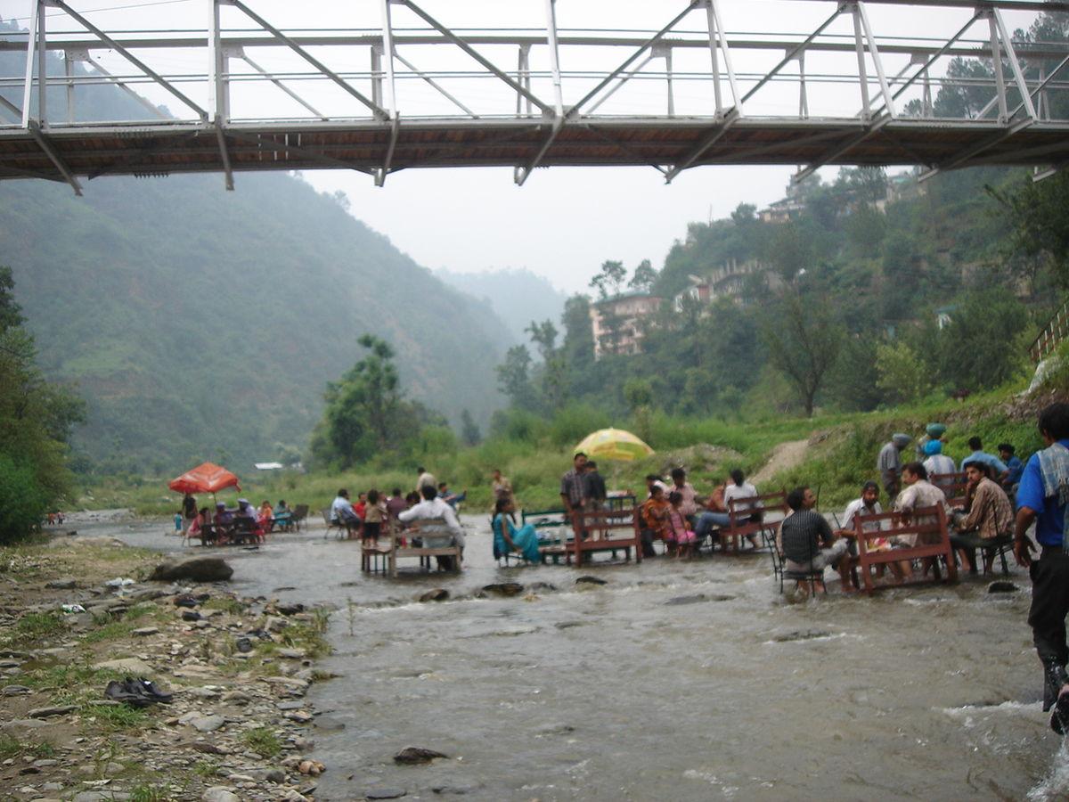 Top Place to Visit in Chail-Sadhupul Lake