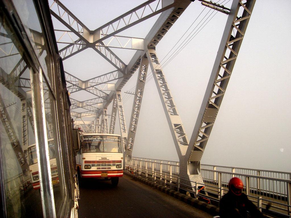 Amazing Place to Visit In and Around the Umananda Island-Saraighat Bridge