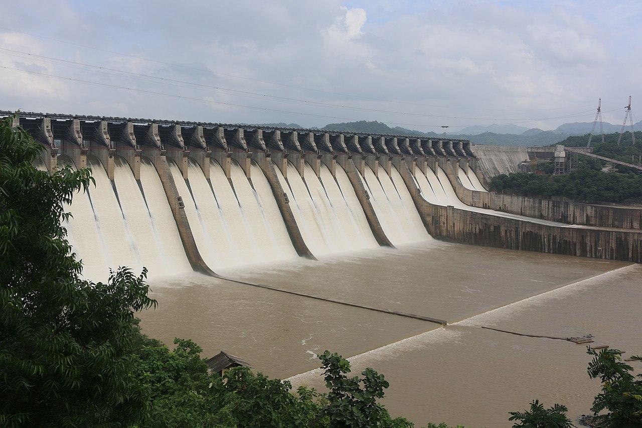 Place To Visit Near Zarwani Waterfalls-Sardar Sarovar dam
