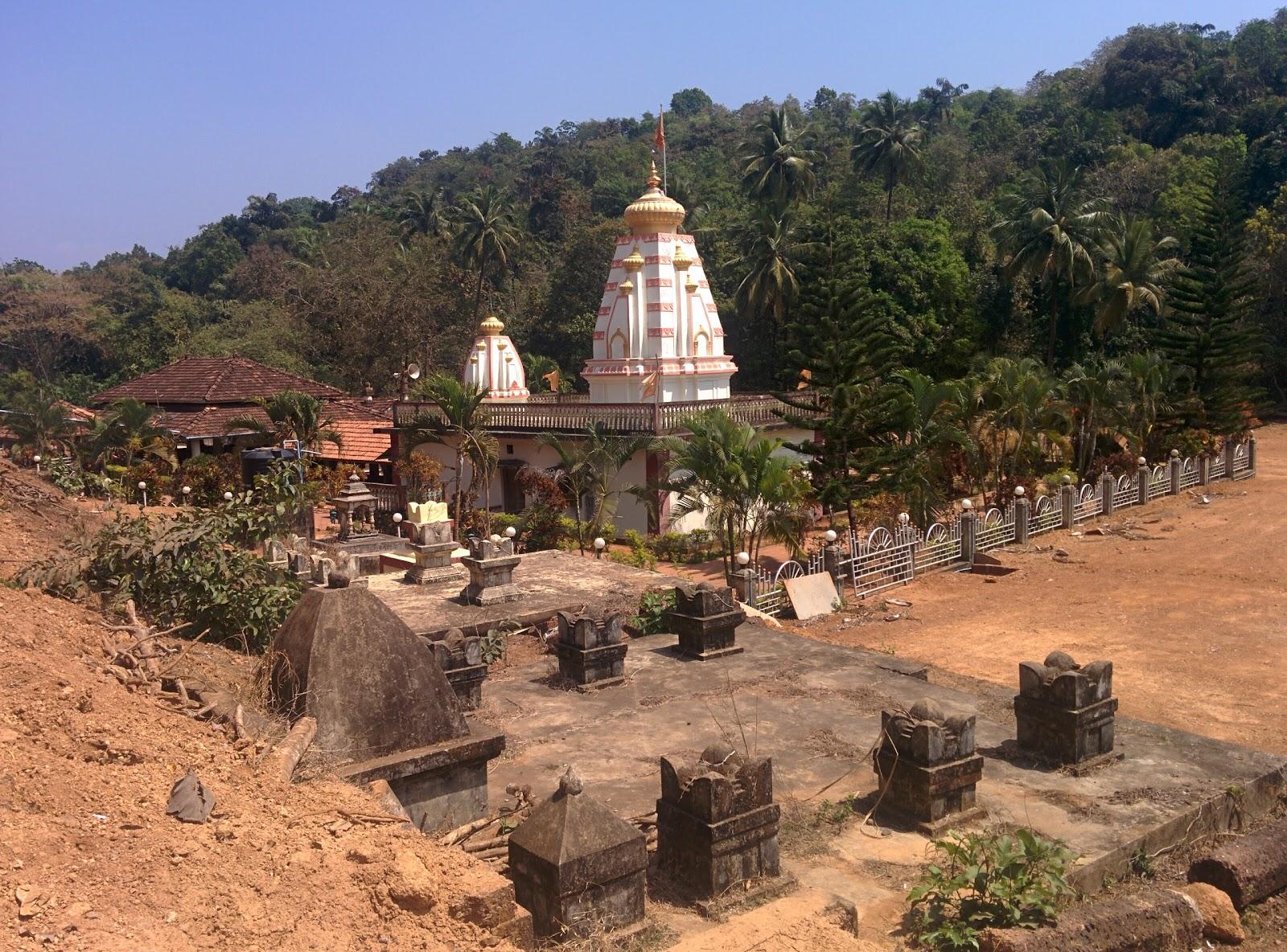 Best Place to Visit in Vengurla-Sateridevi Jal Mandir