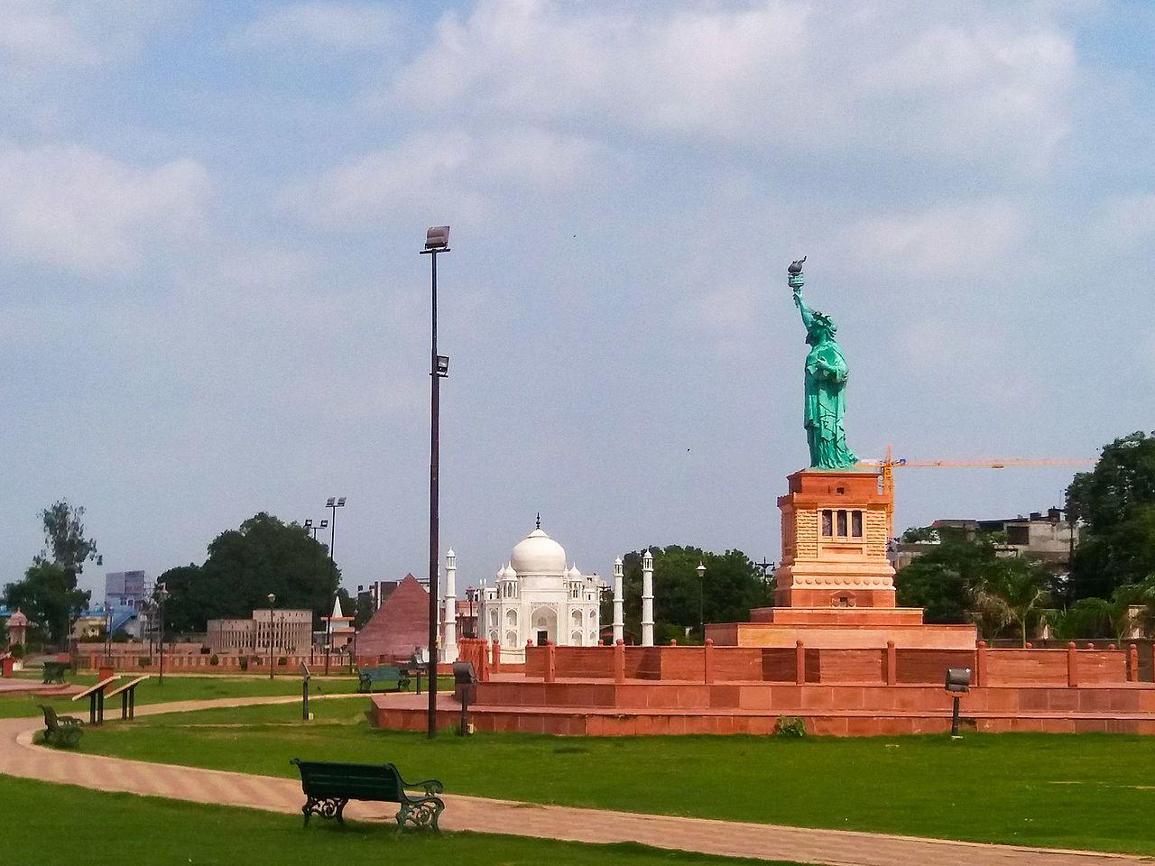 Popular Tourist Place to Visit in Kota, Rajasthan-Seven Wonders Park