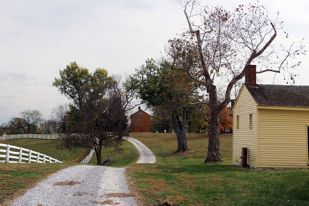 Best Attraction Place In Kentucky's-Shaker Village of Pleasant Hill