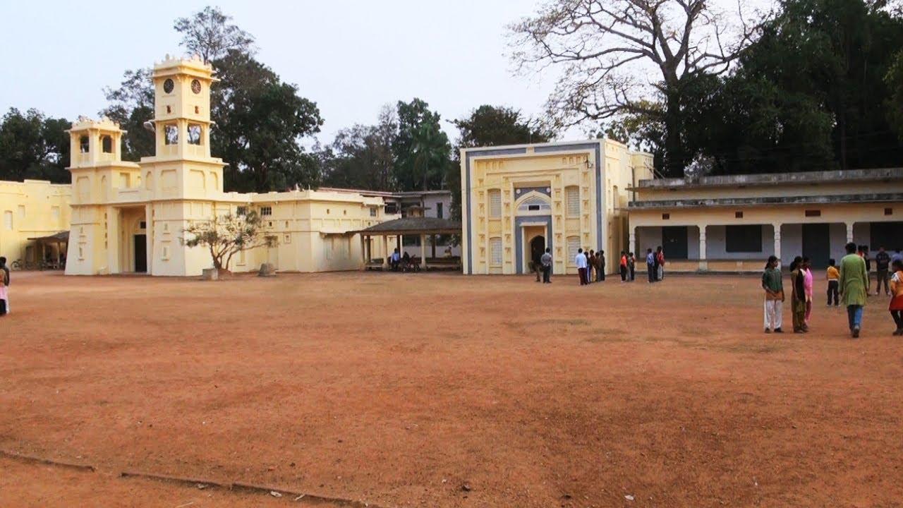 Shanti Niketan Visva Bharati University in Kolkata