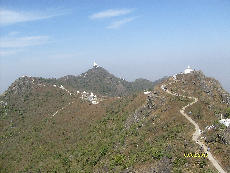 Visit Shikharji Temple At Parasnath Hills: The Pride of Jharkhand
