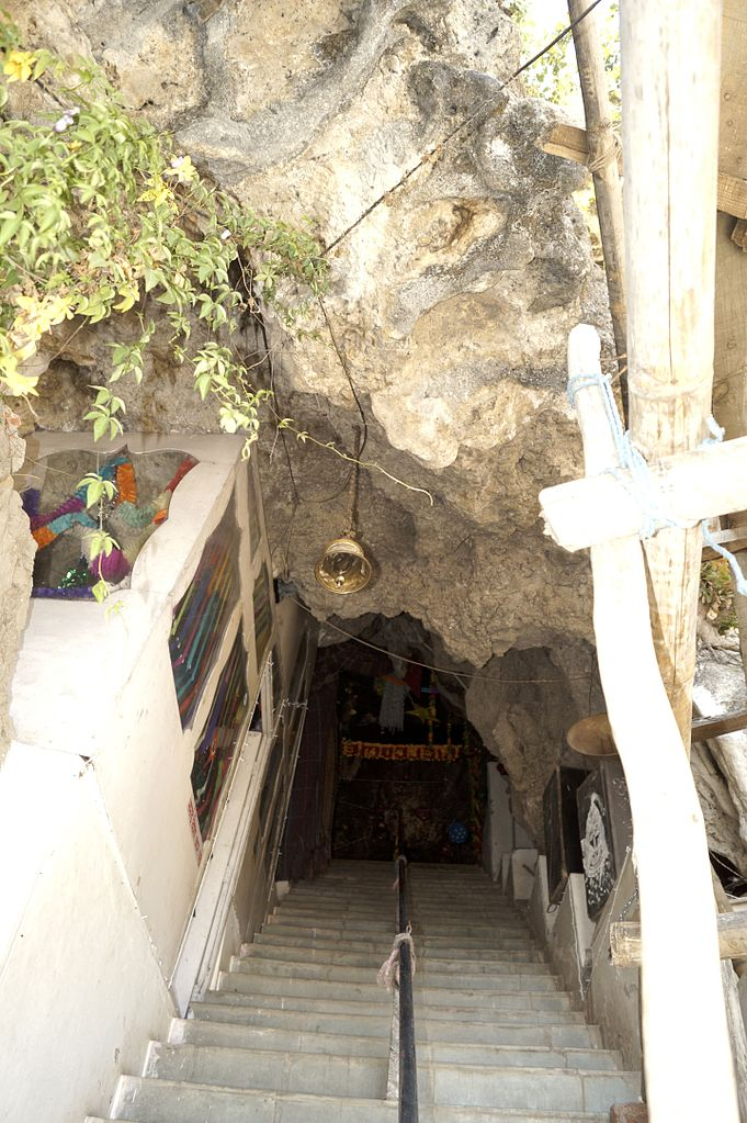 Place To Visit In Tattapani-Shiva Caves