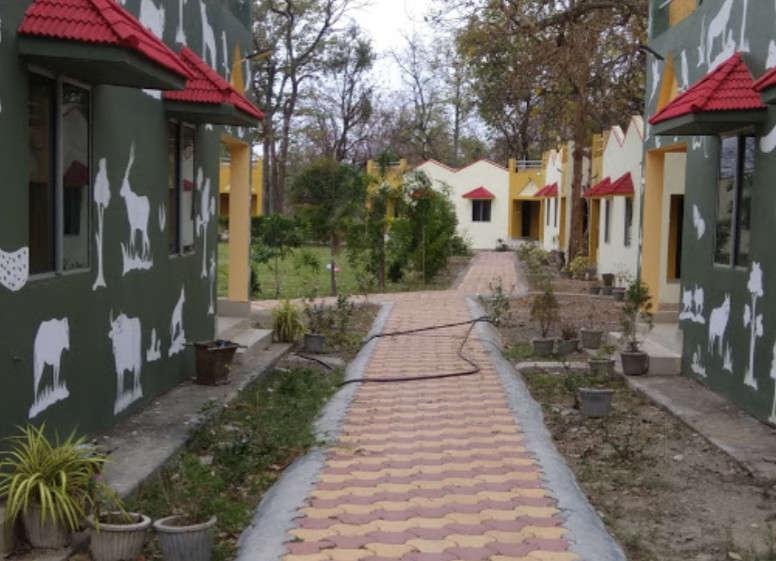 Budget Hotel in Chhattisgarh-Shivtarai Resort