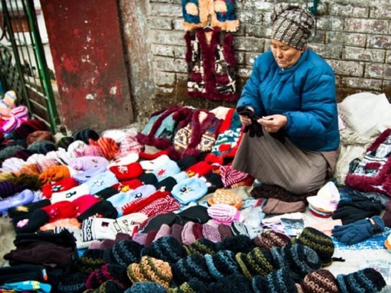 Things Which Every Traveler Must Do In Mirik - Shopping at Pashupati Nagar
