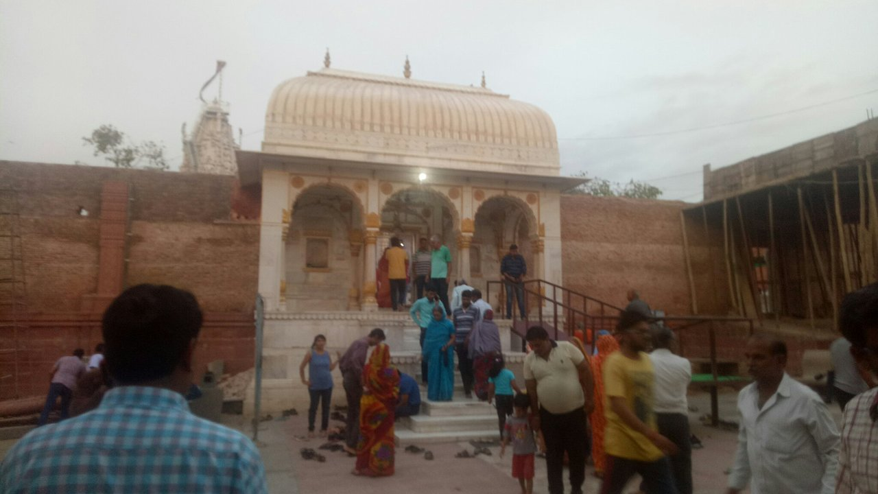 Top Destination in Bikaner-Shri Laxminath Temple