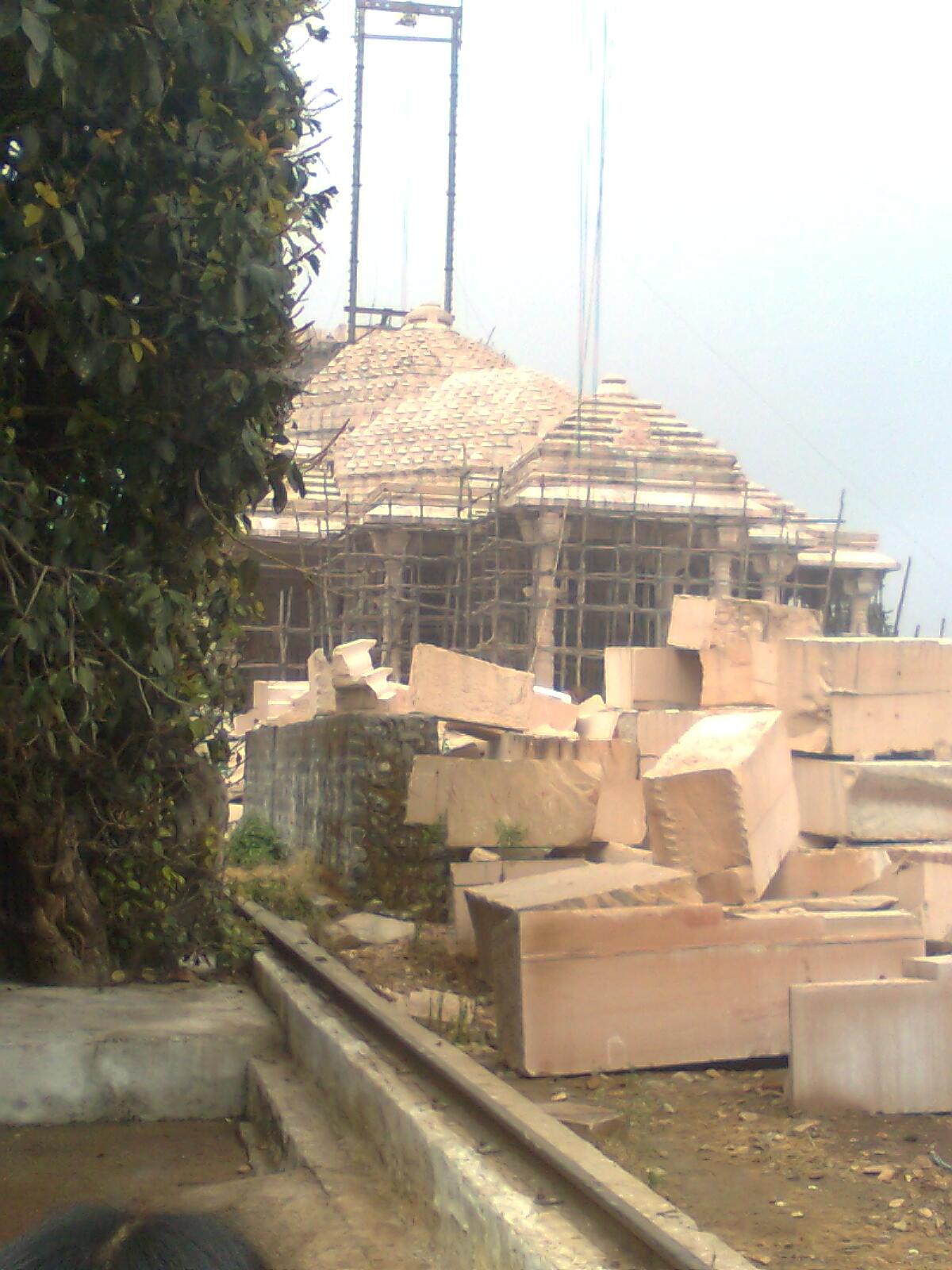Top Place to Visit In Amarkantak-Shri Sarvodaya Digamber Jain Temple