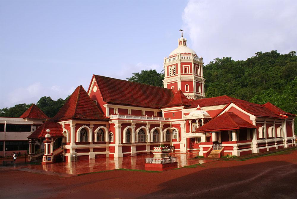 Shri Shantadurga Temple - Go On A Spiritual Journey to Best Temples in Goa